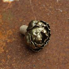 Rose Metal Bottle Stopper In Vintage Gold