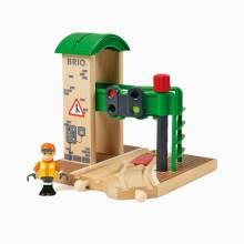 BRIO® Signal Station Wooden Railway 3+